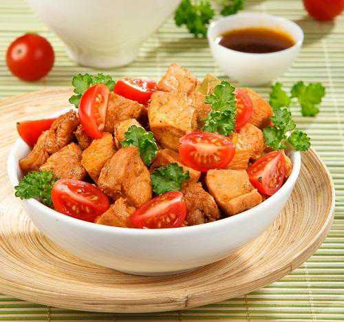 рецепт праздничного салата козел в огороде: вариант с чипсами и др
