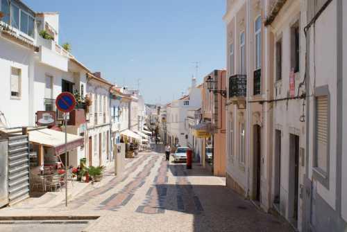 лагуш португалия: фото города, пляжи и погода, цены